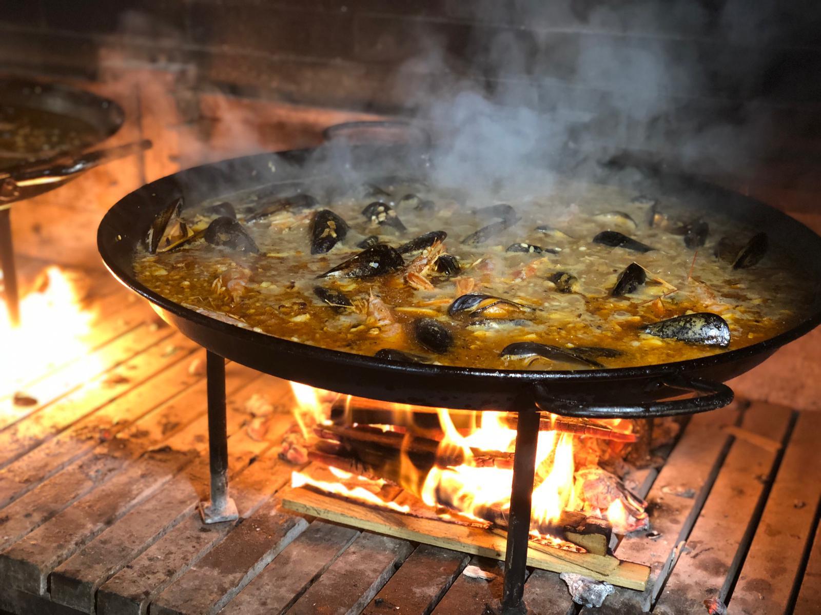 Disfruta de la tradición y el auténtico sabor a leña en el Restaurante El Caliu